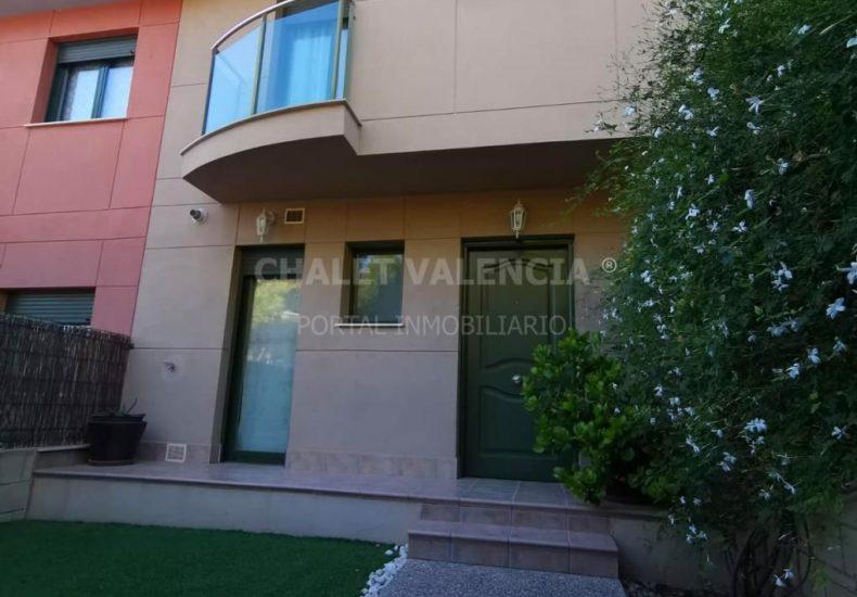54887-exterior-entrada-casa-chalet-valencia