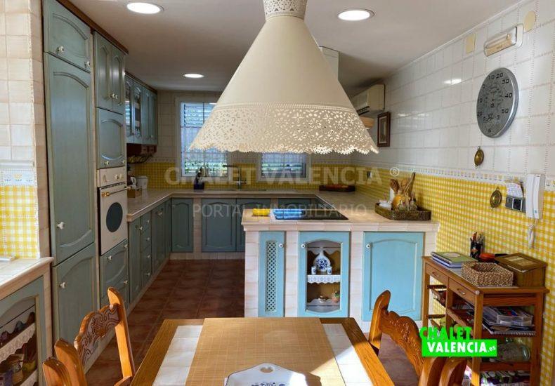 55029-8366-chalet-valencia