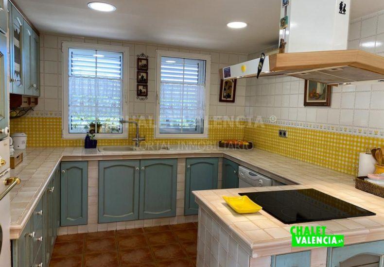 55029-8370-chalet-valencia