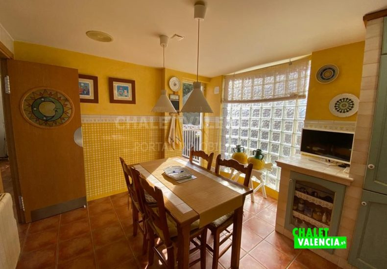 55029-8376-chalet-valencia