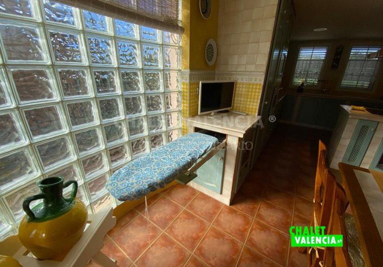 55029-8381-chalet-valencia