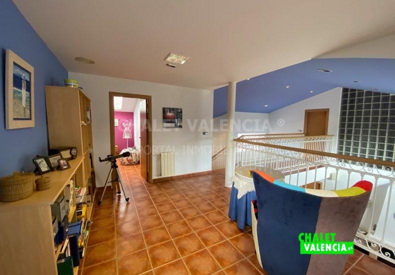 55029-8439-chalet-valencia