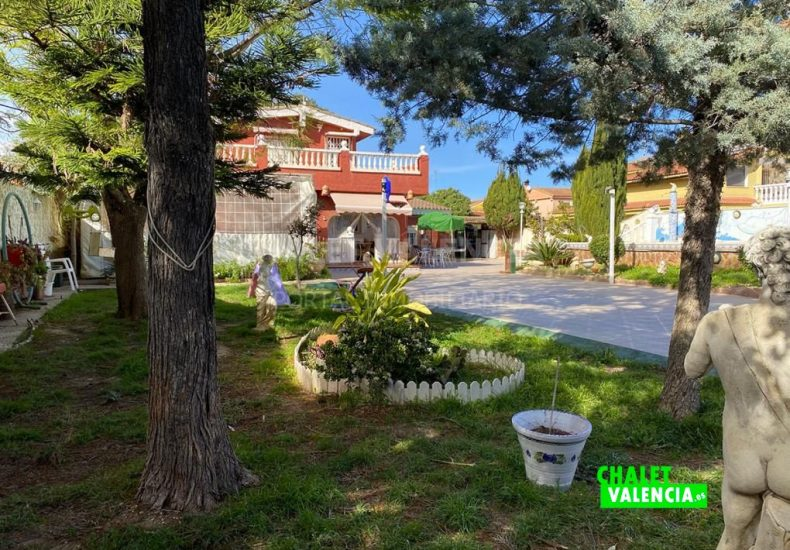 55308-8621-chalet-valencia