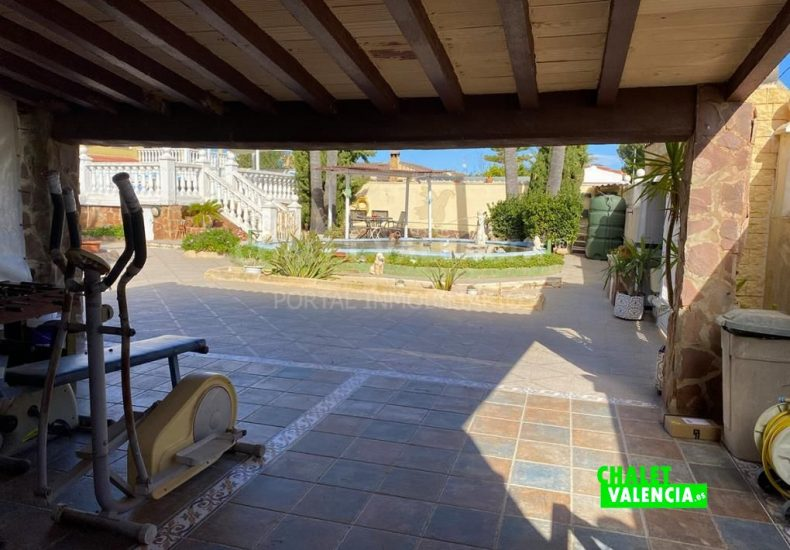 55308-8625-chalet-valencia
