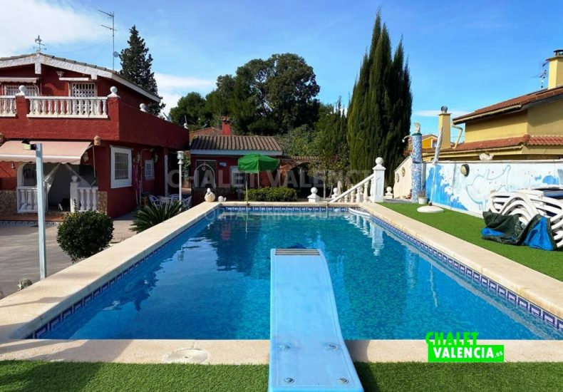 55308-8633-chalet-valencia