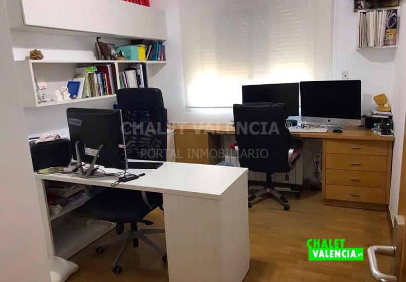55441-i16-chalet-valencia