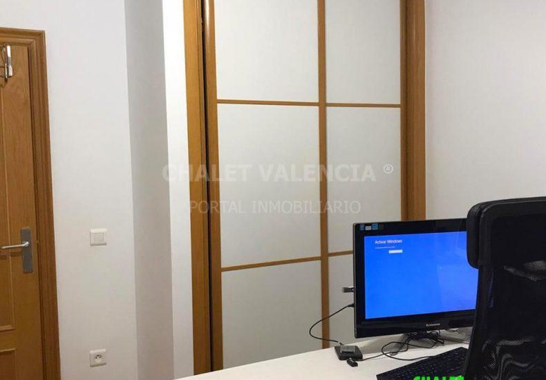 55441-i17-chalet-valencia