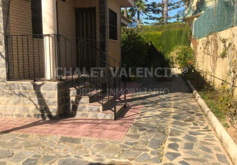 56032-e09-montserrat-chalet-valencia