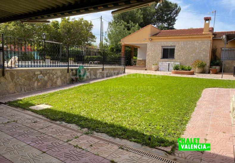 57401-9590-chalet-valencia