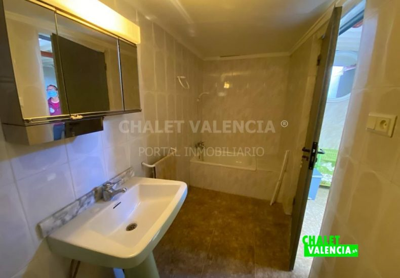 57401-9611-chalet-valencia