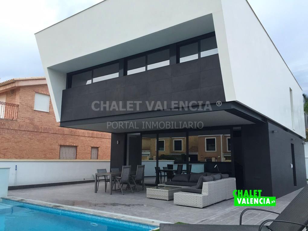 Chalet moderno Benaguacil centro urbano