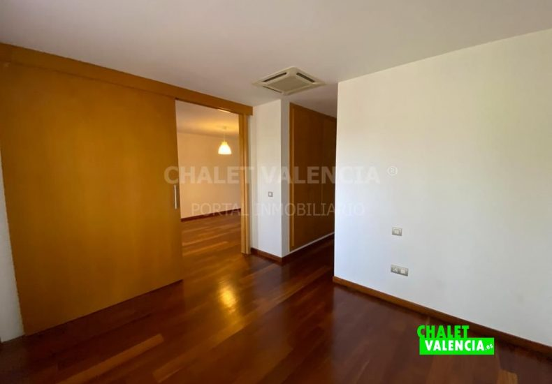 59292-1304-chalet-valencia