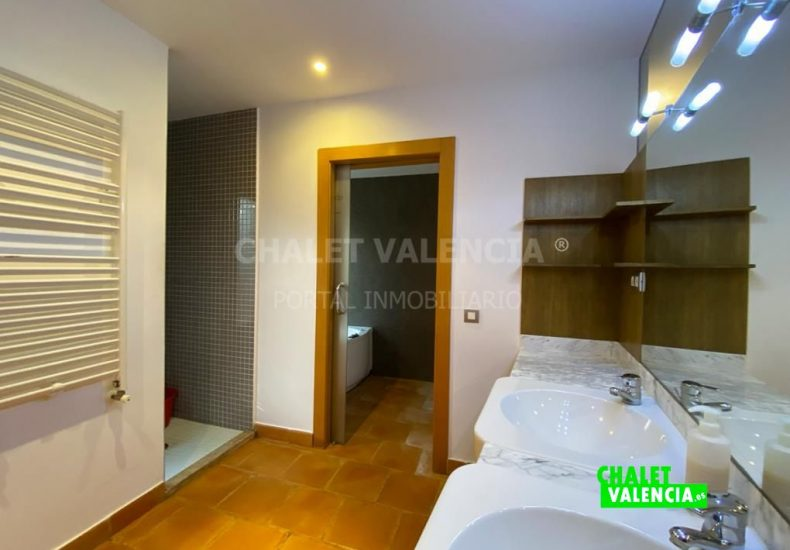 59292-1318-chalet-valencia