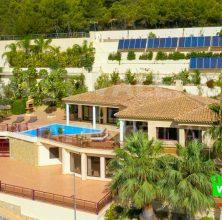 Luxury villa overlooking the beach of Altea-Benidorm