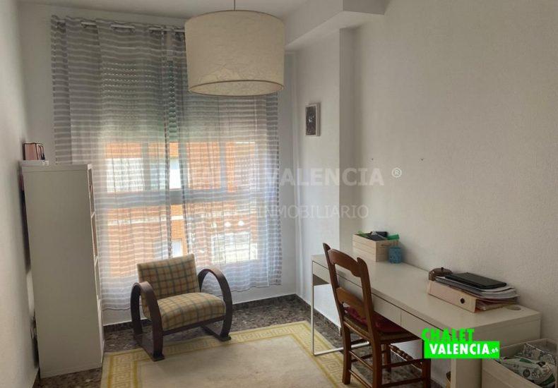 60077-2289-chalet-valencia