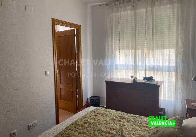 60077-2300-chalet-valencia