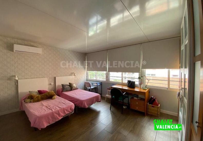60077-2311-chalet-valencia