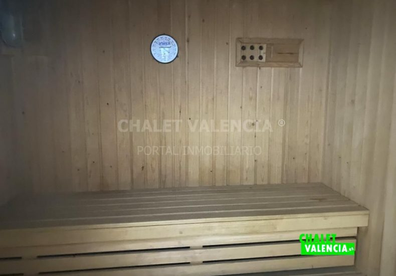 60077-2352-chalet-valencia