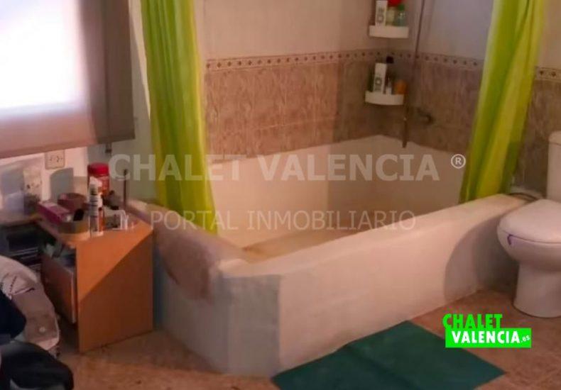 60153-bano-01-chalet-valencia