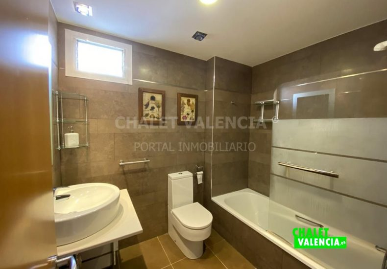 60353-2466-chalet-valencia