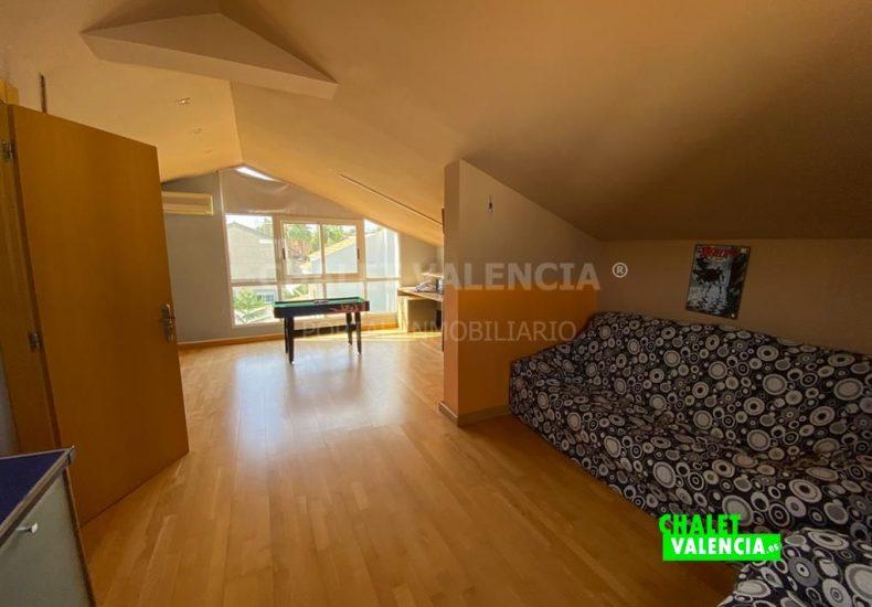 60353-2477-chalet-valencia