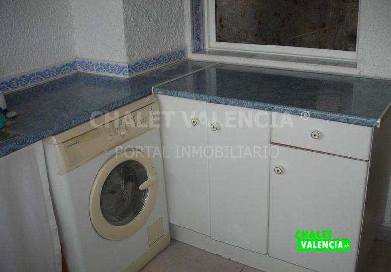 60629-cocina-lavadero-bajo-izq-olimar-chalet-valencia