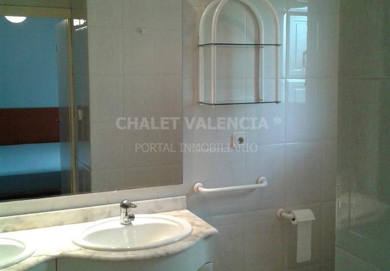 60722-11_c_bano_principal-chalet-valencia