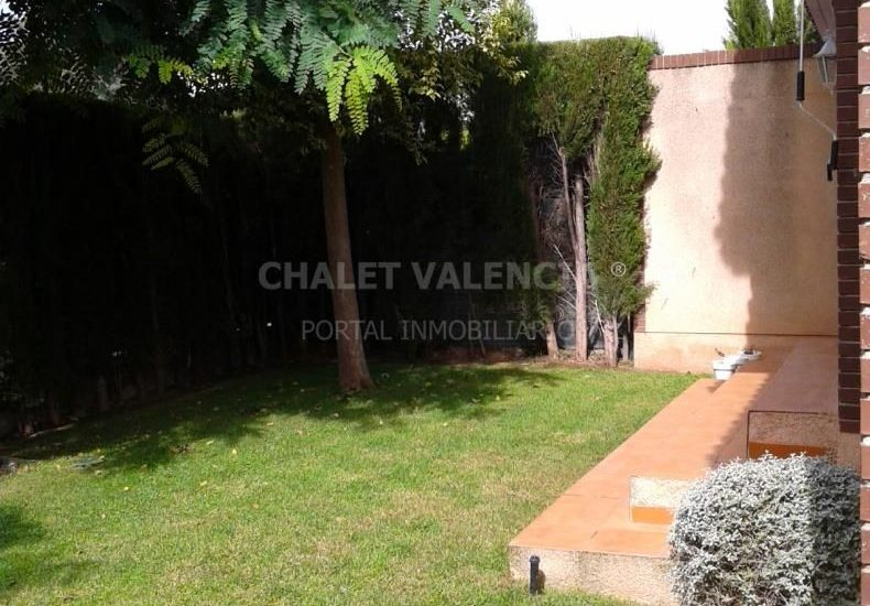 60722-1_jardin_5-chalet-valencia