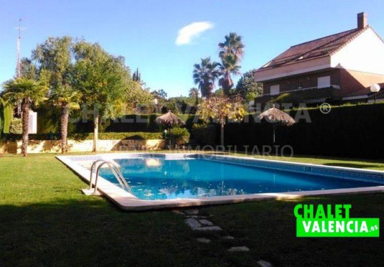 60722-piscinaComunitaria1-chalet-valencia